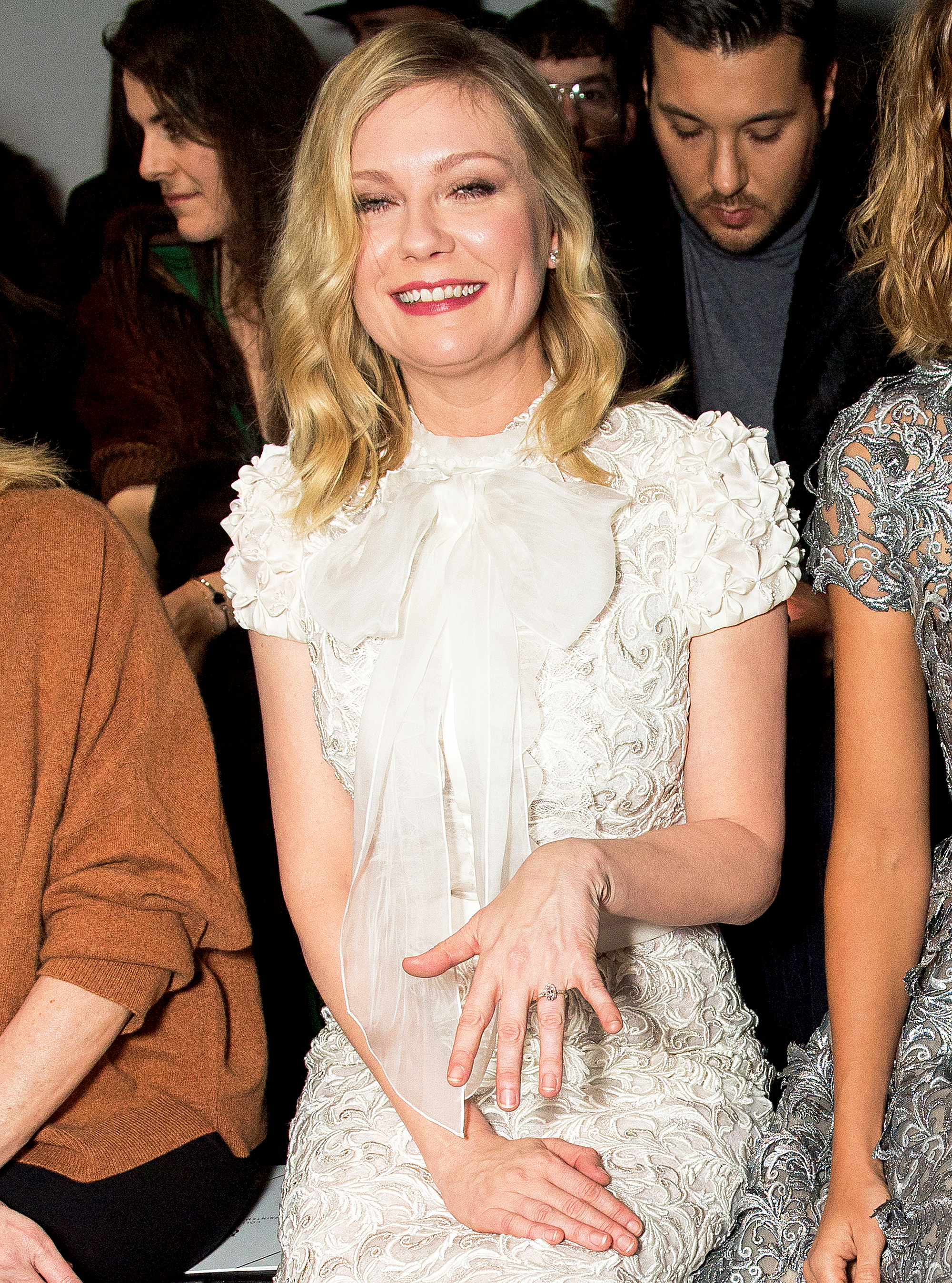 Kirsten Dunst Shows Her Engagement Ring As She Attends The Ralph Russo Haute Couture Spring Summer 2017 Show During Paris Fashion Week