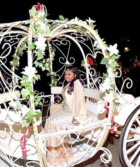 Reginae's carriage