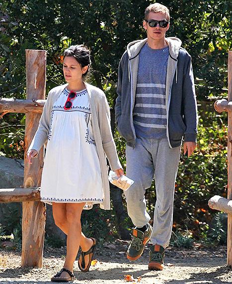 Rachel and Hayden shopping