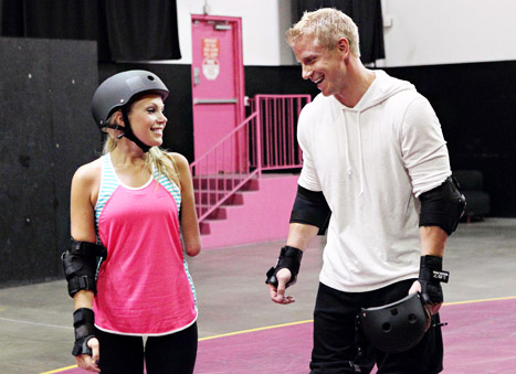 sarah and sean lowe roller-skating