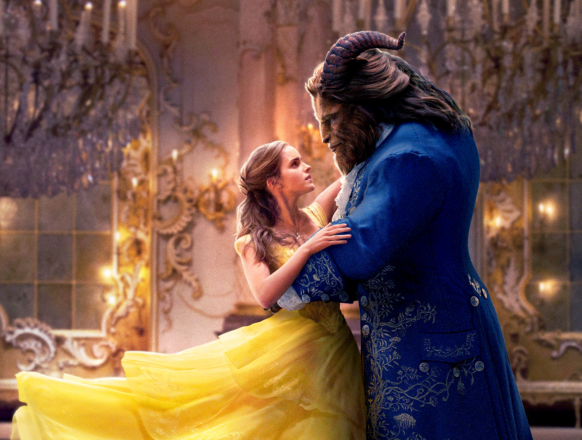 Emma Watson And Dan Stevens In Beauty The Beast