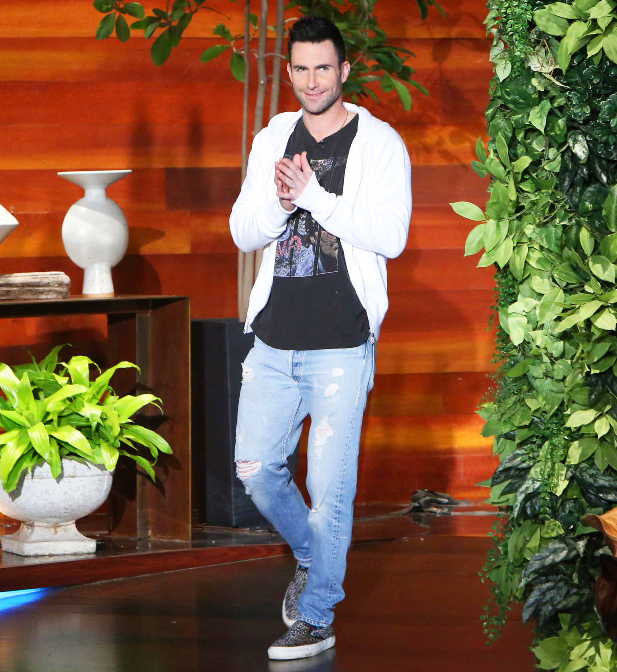 adam levine i m so in love with daughter dusty rose