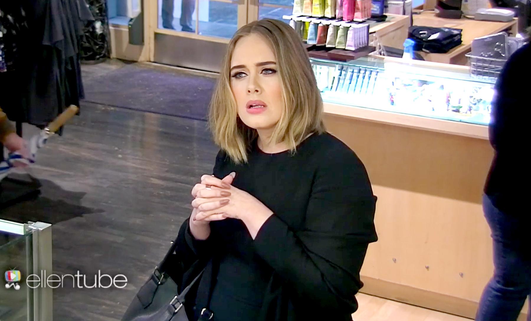 Adele pranks Jamba Juice employees.