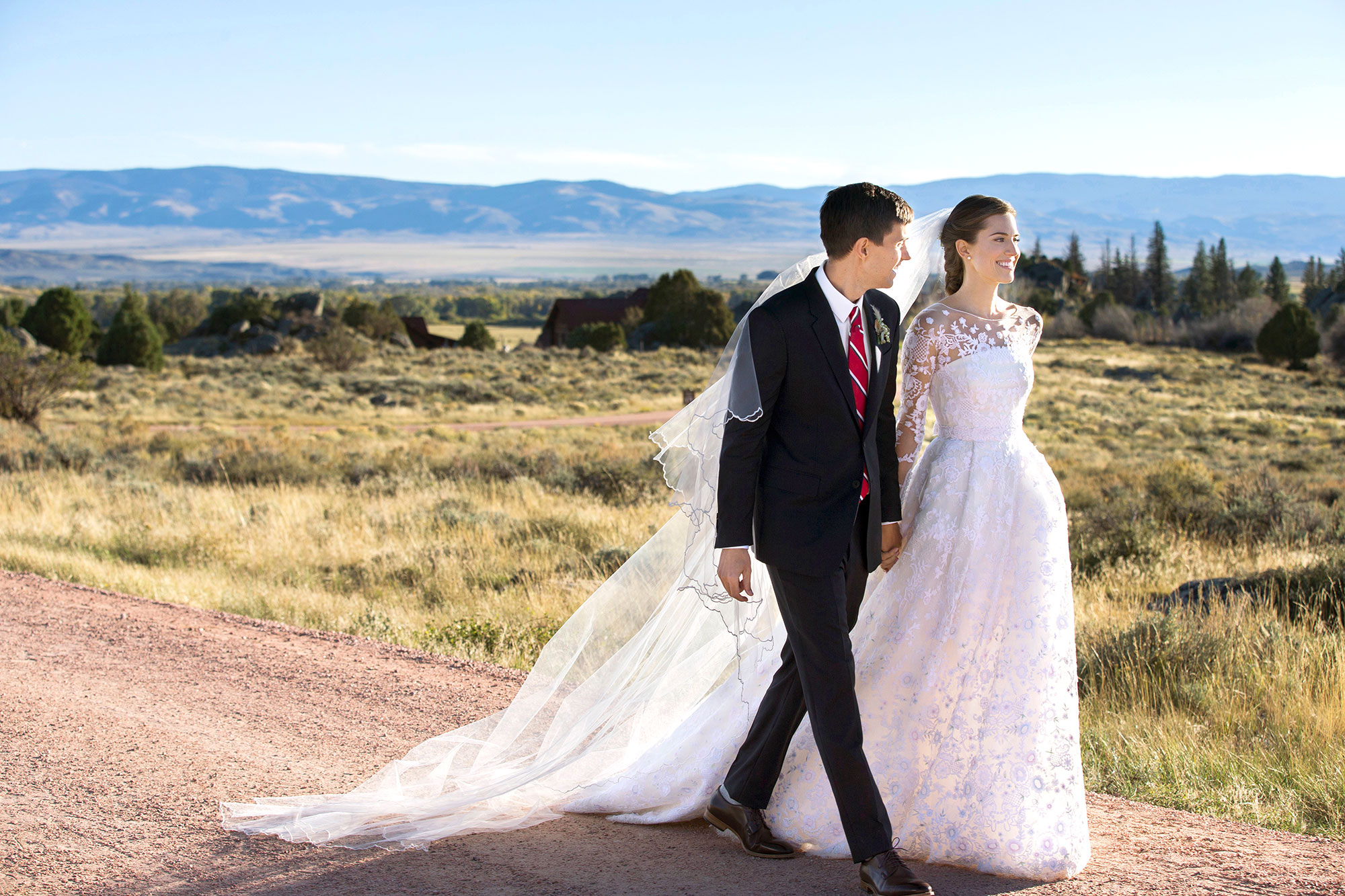 15 best celebrity wedding dresses of all time photos allison williams ombrellifo Gallery