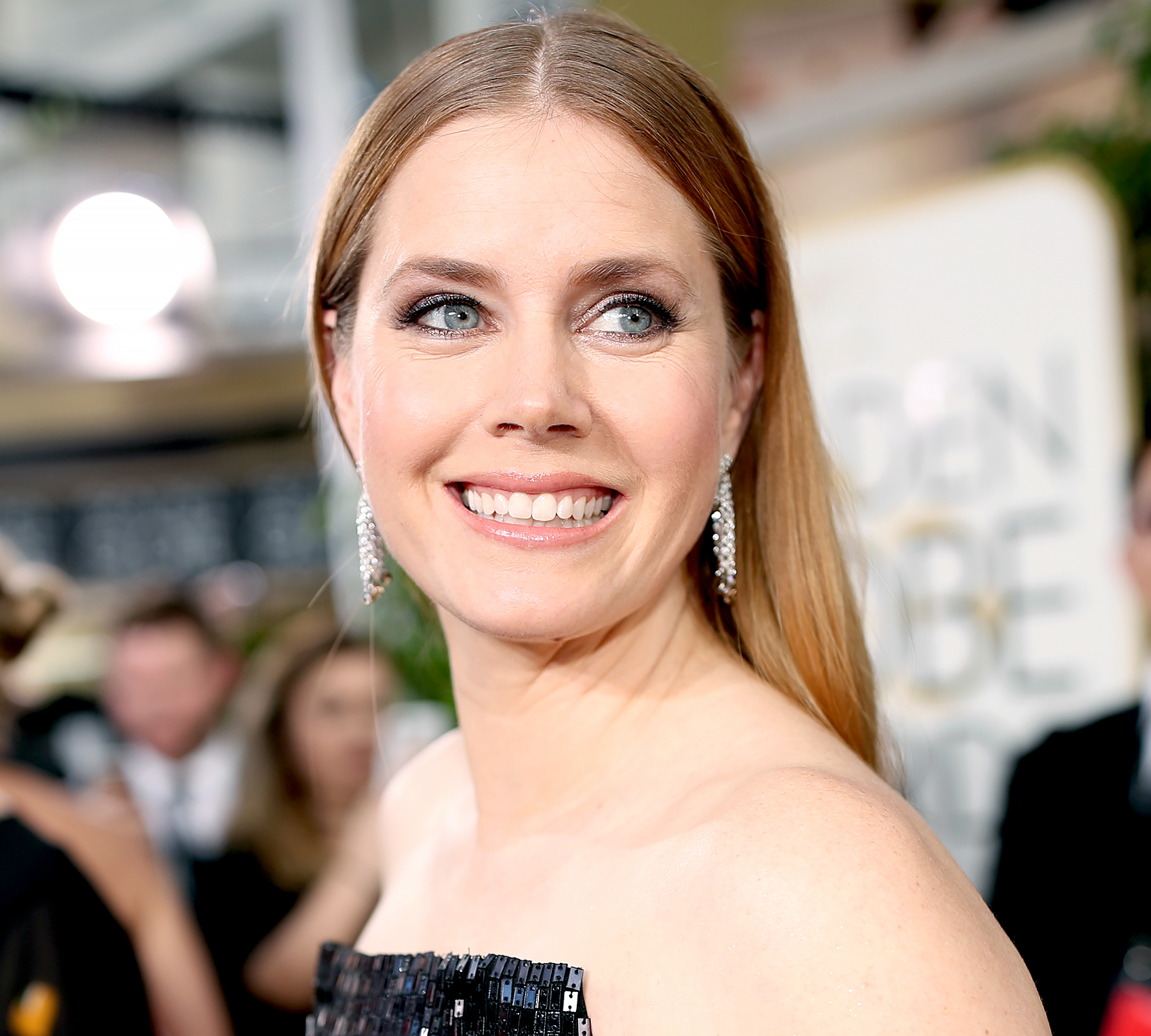 Amy Adams arrives to the 74th Annual Golden Globe Awards.