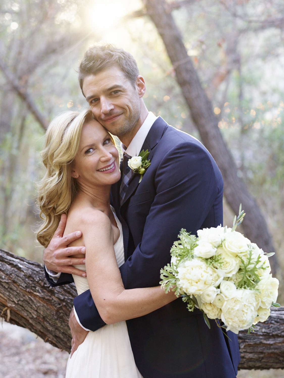 e3aa9e477670 Angela Kinsey with her groom, Joshua Snyder. Braedon Photography via Martha  Stewart Weddings