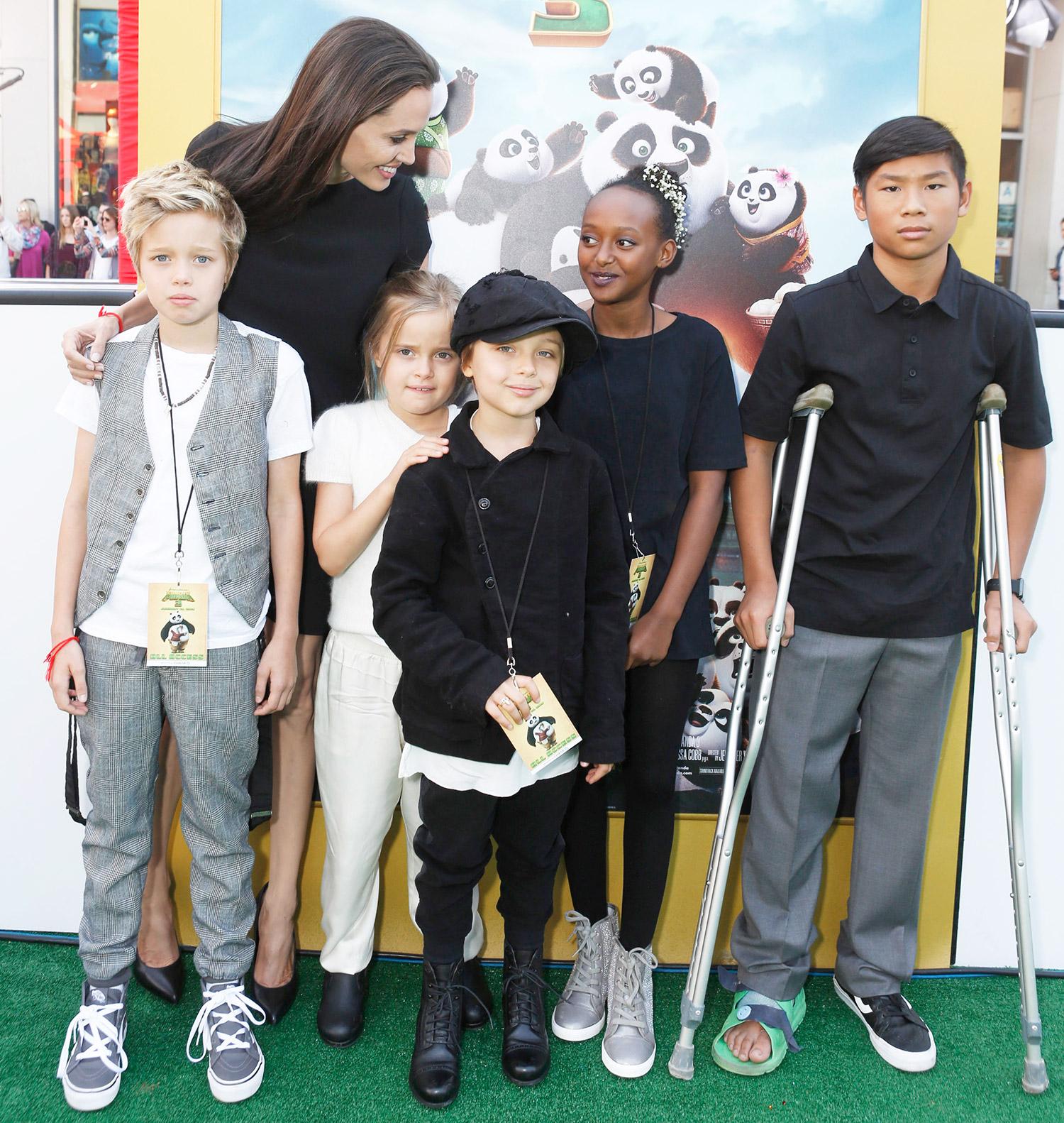 Shiloh Jolie-Pitt, Angelina Jolie, Vivienne Marcheline Jolie-Pitt, Knox Leon Jolie-Pitt, Zahara Marley Jolie-Pitt and Pax Thien Jolie-Pitt