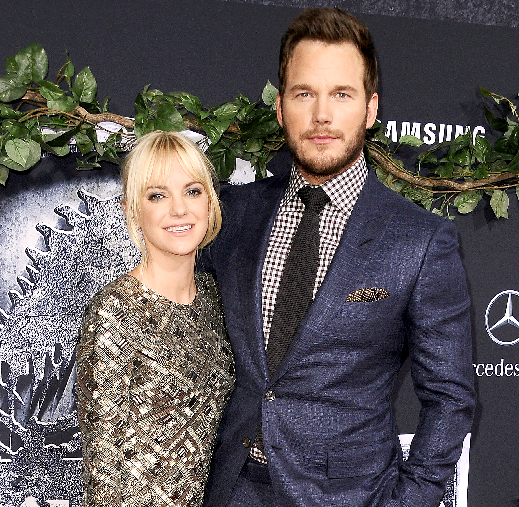 Anna Faris and Chris Pratt attend the premiere of