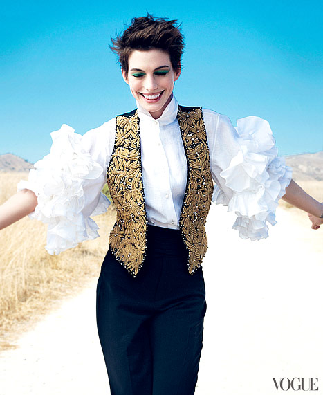 "Anne Hathaway: I Was ""Obsessive"" About Losing 25 Pounds"