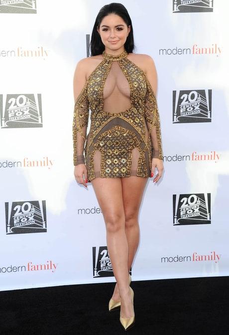 Ariel Winter Hits Back at Critics of Her Low-Cut Dress