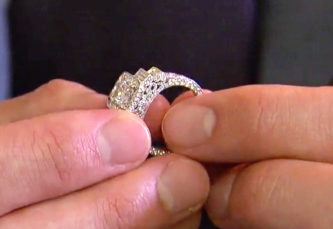 Bachelor\' Finale: See Ben Higgins\' $100K Diamond Engagement Ring