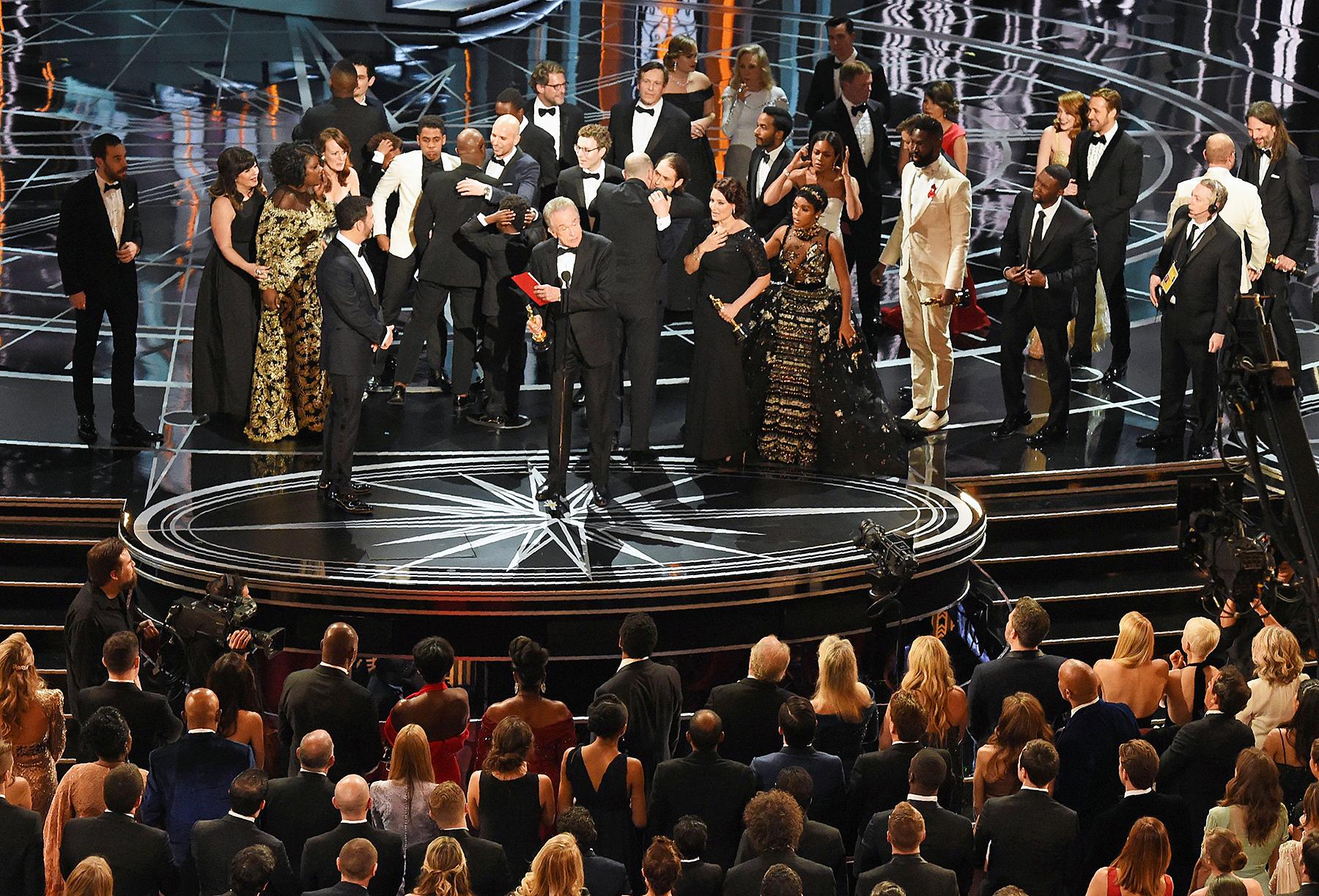La La Land Moonlight Best Picture Oscars 2017 Warren Beatty