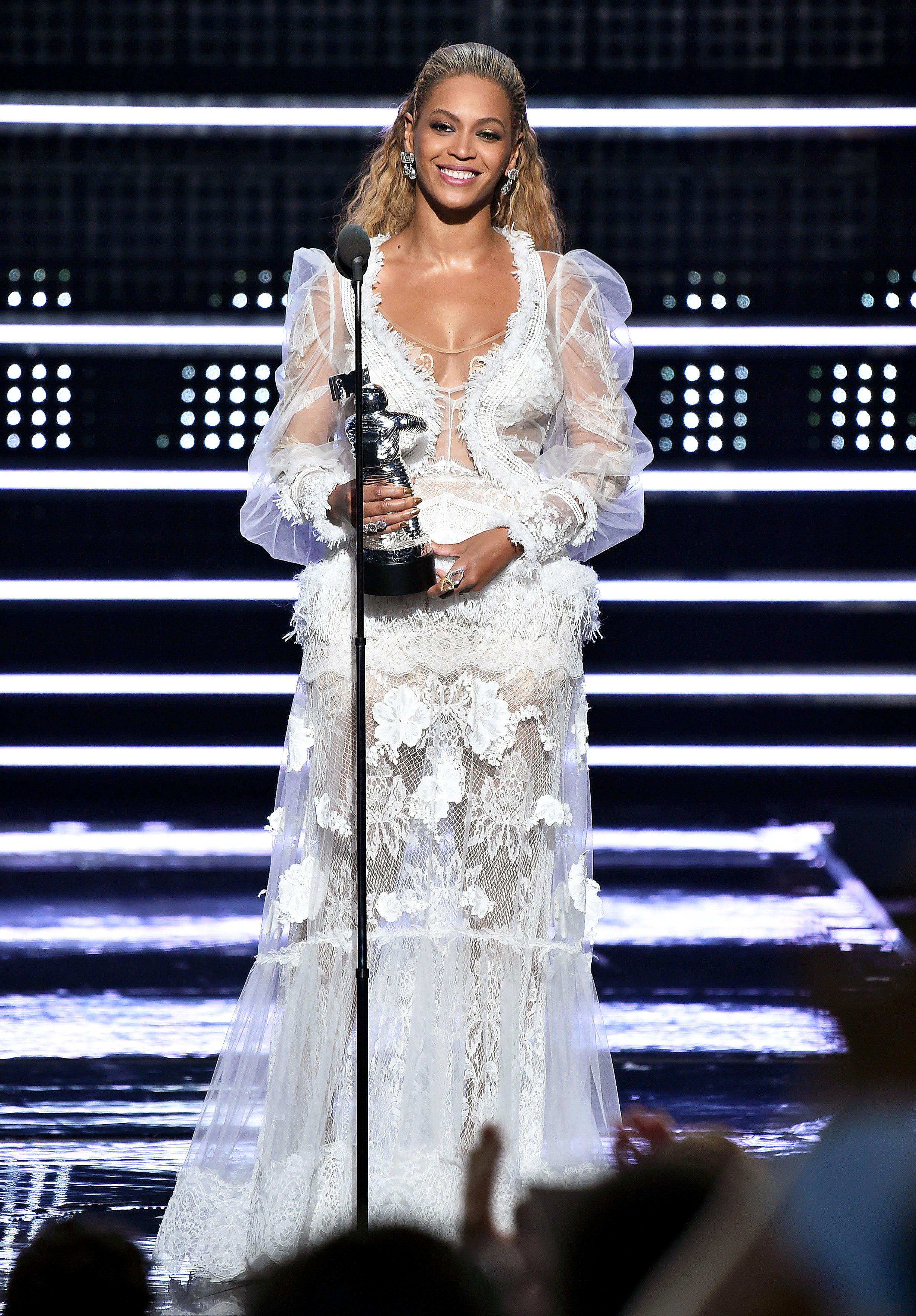 Beyonce Wore an Actual Wedding Dress at the 2016 VMAs