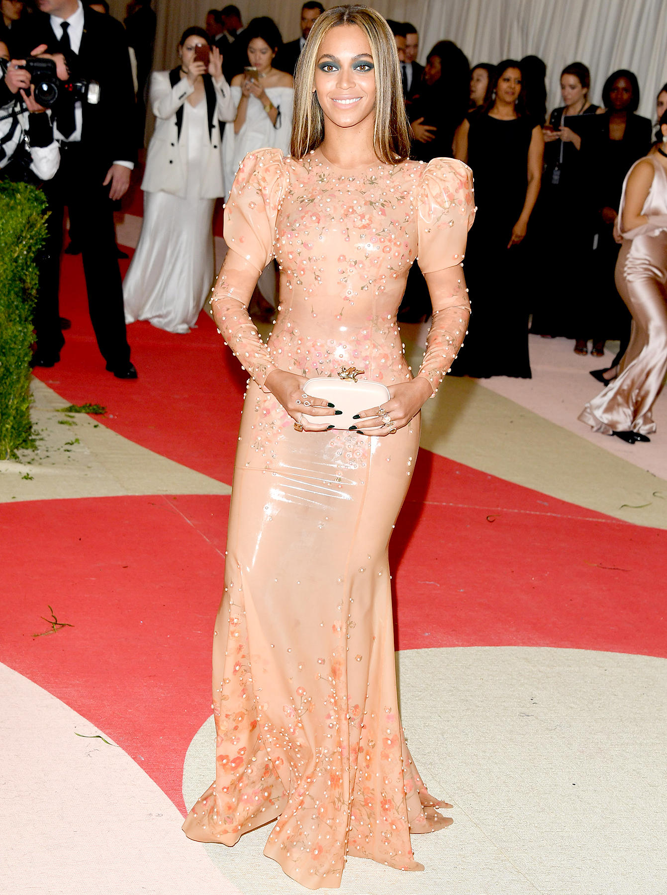 Beyonce Knowles attends the 'Manus x Machina: Fashion in an Age of Technology' Costume Institute Gala at the Metropolitan Museum of Art on May 2, 2016 in New York City.