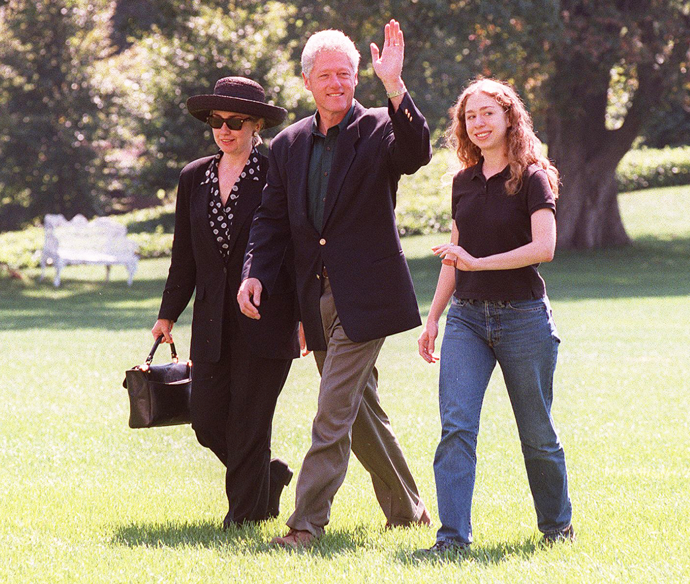 US President Bill Clinton, First Lady Hillary Clinton and daughter Chelsea arrive at the White House in Washington, DC in September after their three-week vacation In Martha's Vineyard, MA.