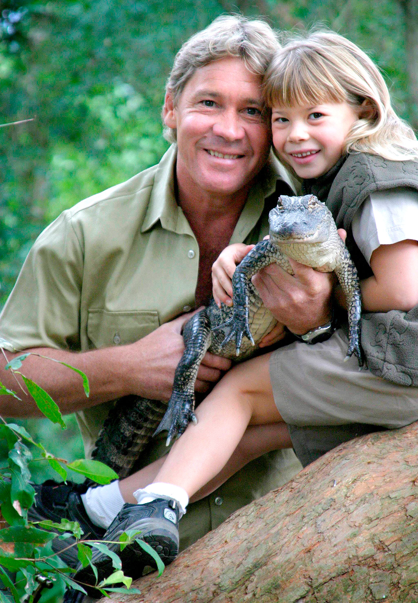 Steve Irwin with his daughter, Bindi Irwin, and a 3-year-old alligator called 'Russ' at Australia Zoo.