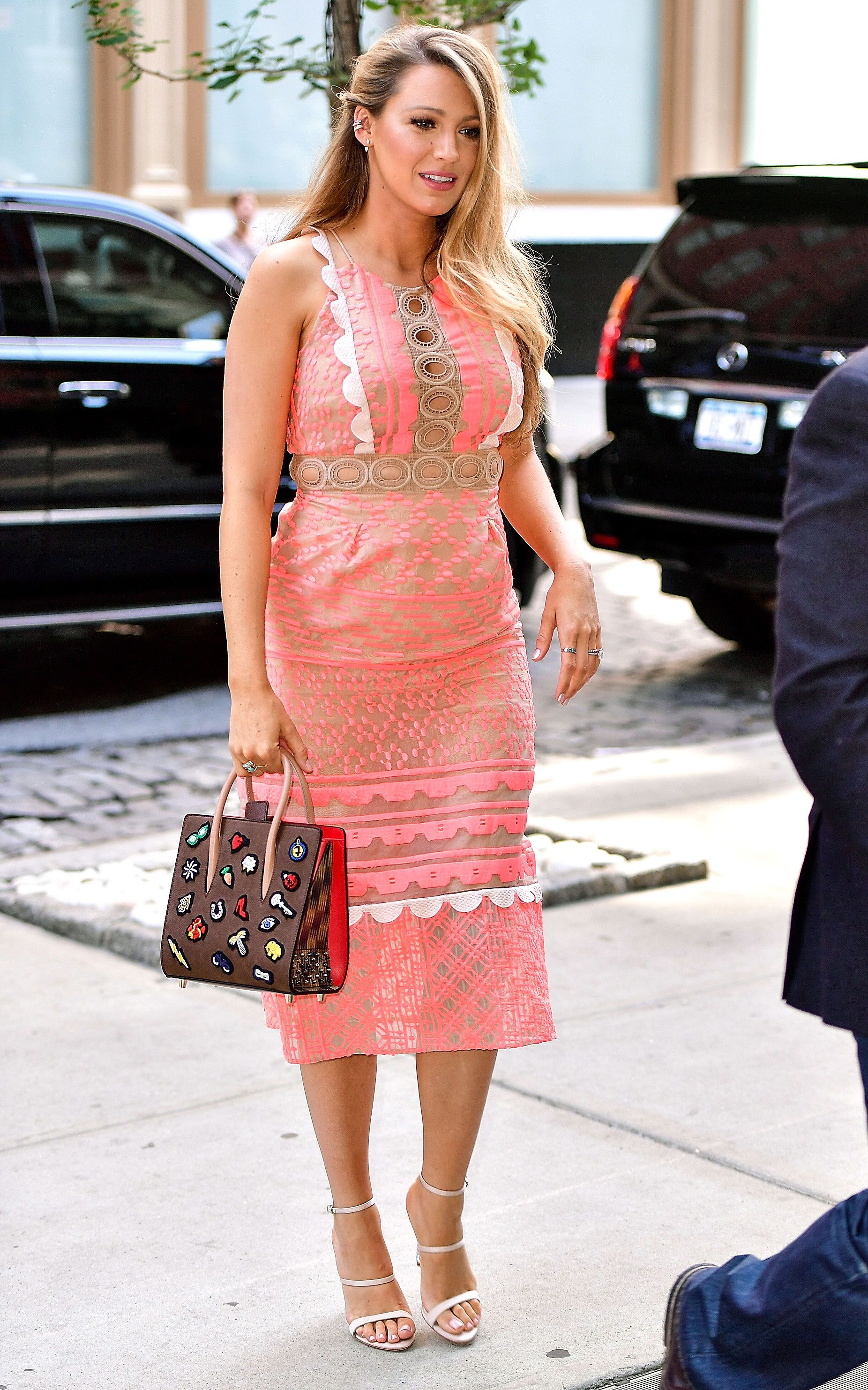 Pregnant Blake Lively Glows in Bump-Hugging Neon Pink Dress