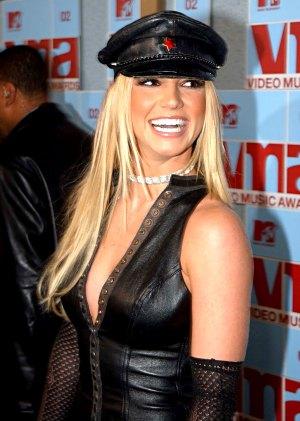 The Evolution Of Britney Spears Instagram | Celebrity