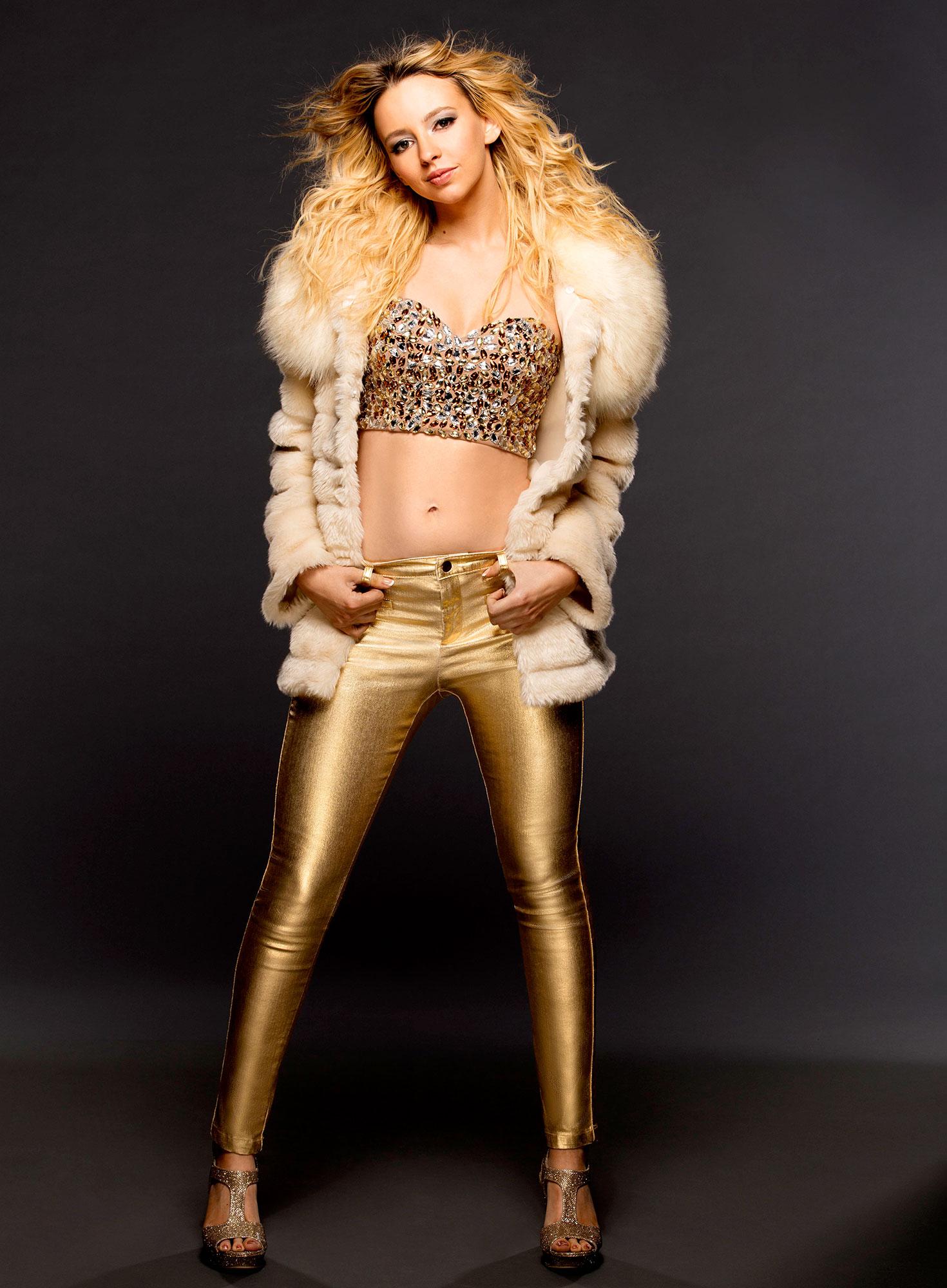 Natasha Bassett as Britney Spears