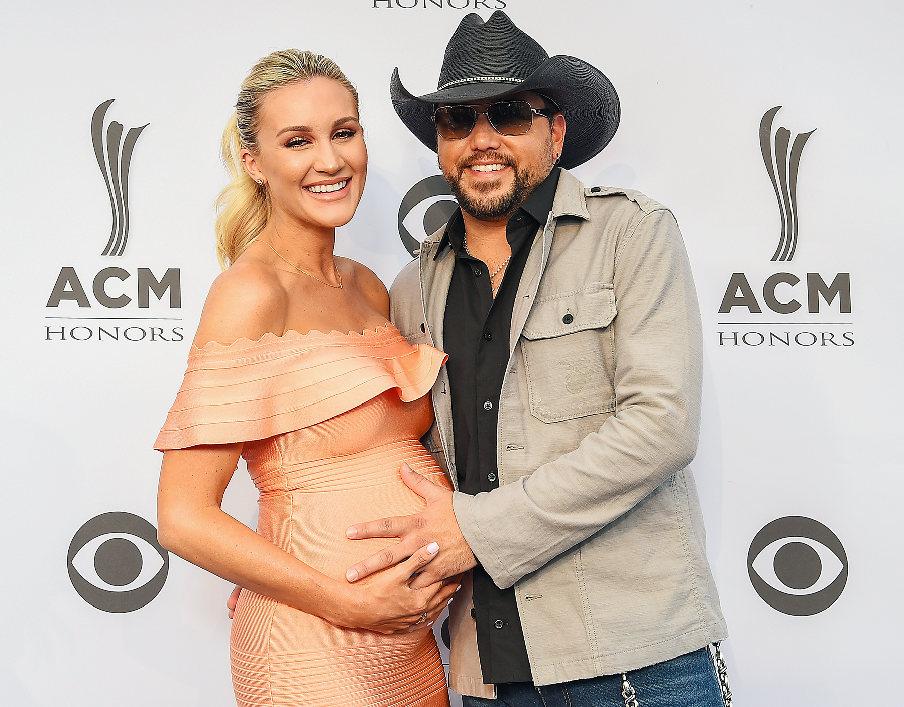 Jason Aldean s Wife Brittany Kerr Shows f Her Baby Bump at ACM