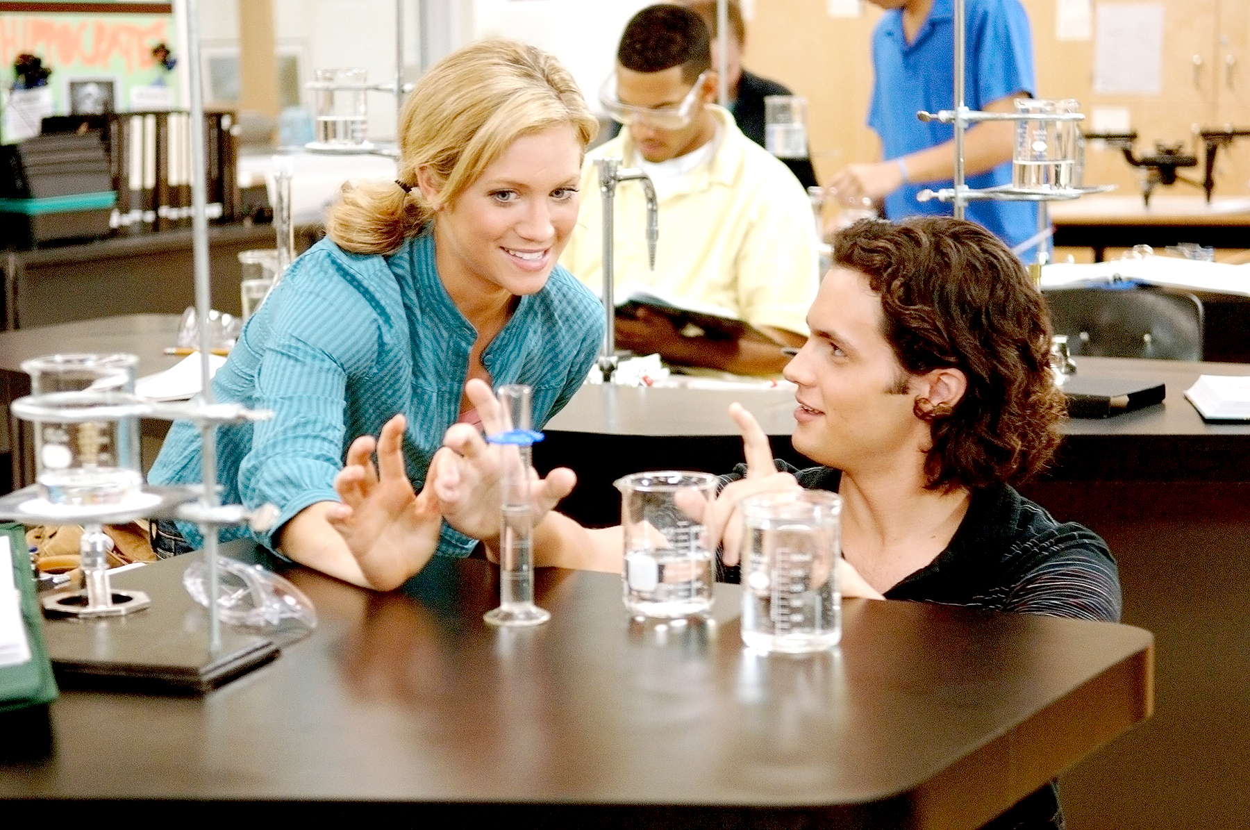 Brittany Snow and Penn Badgley in John Tucker Must Die.