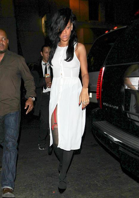 Rihanna in topshop
