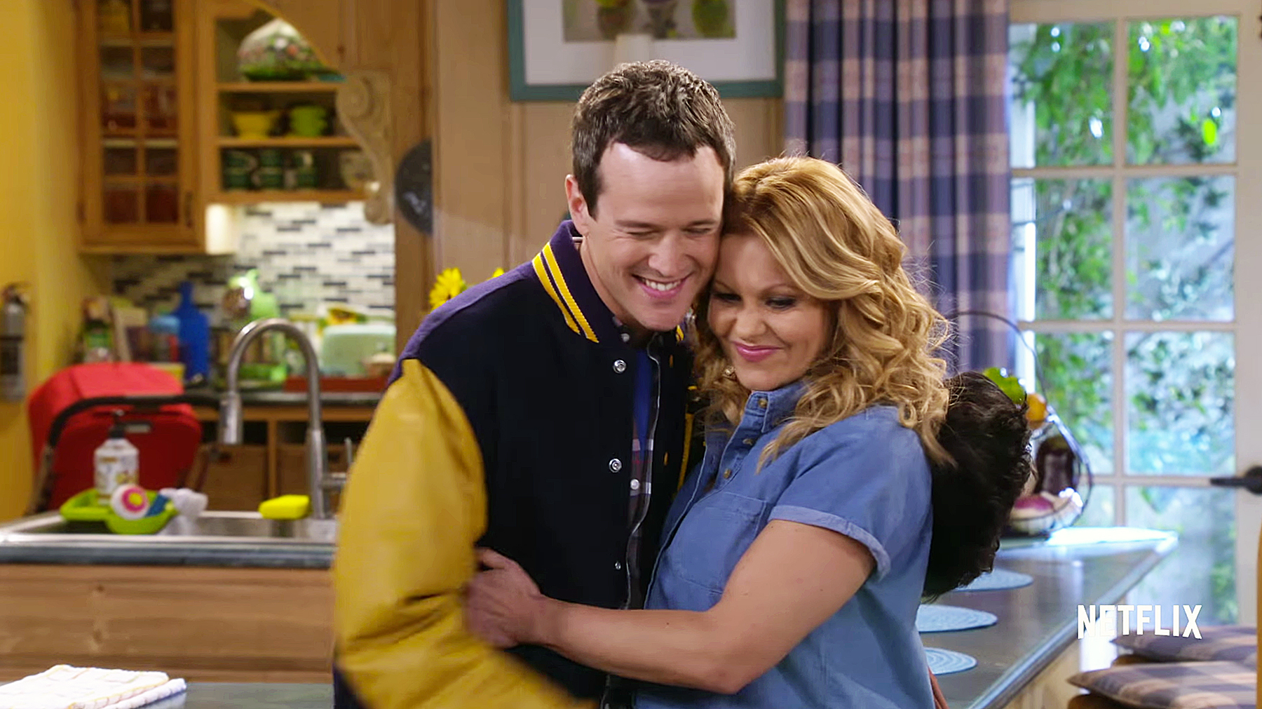 Scott Weinger and Candace Cameron Bure