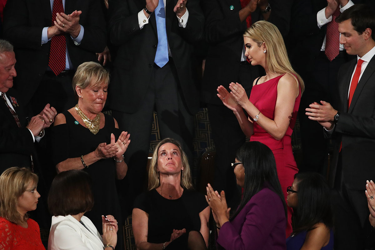 Carryn Owens received a 2-minute long standing ovation at President Donald Trump's speech to congress
