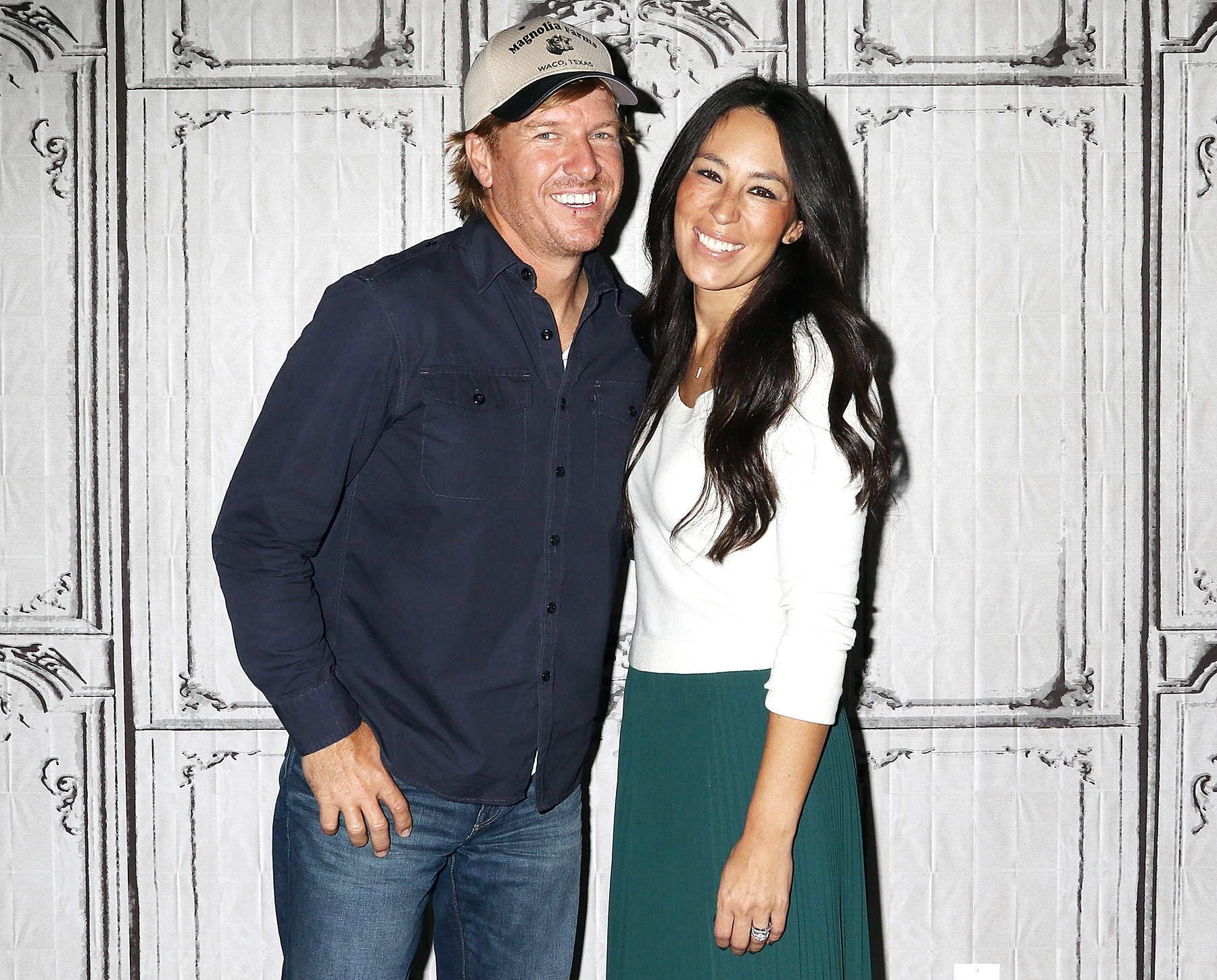 Chip And Joanna Say Security Concerns Arent To Blame For Fixer Upper Ending pics