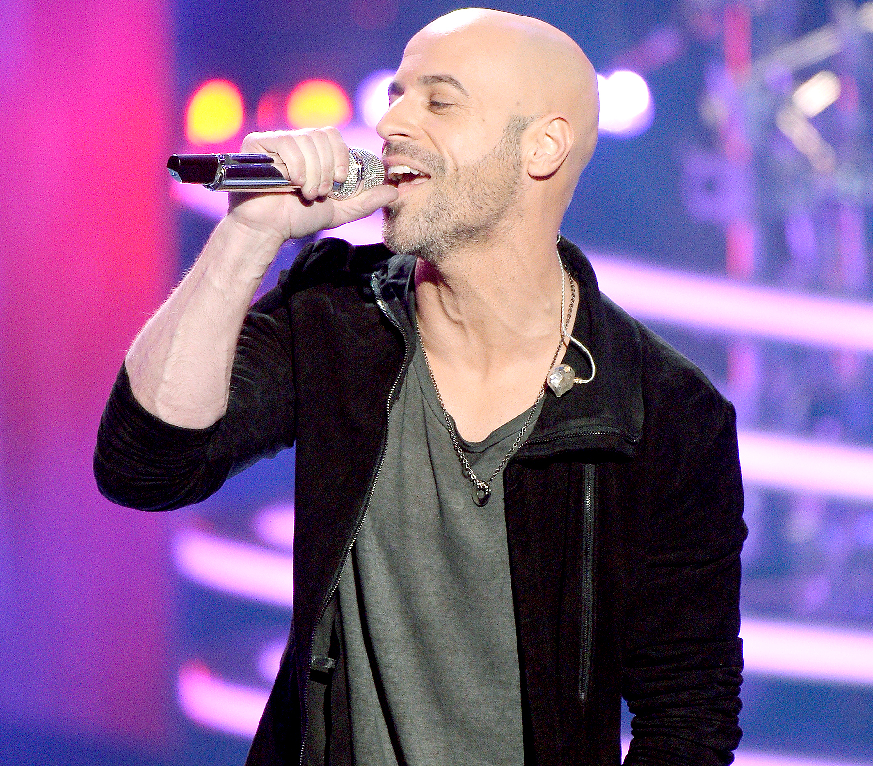 "Chris Daughtry performs onstage during FOX's ""American Idol"" Finale For The Farewell Season at Dolby Theatre on April 7, 2016 in Hollywood, California. at Dolby Theatre on April 7, 2016 in Hollywood, California."