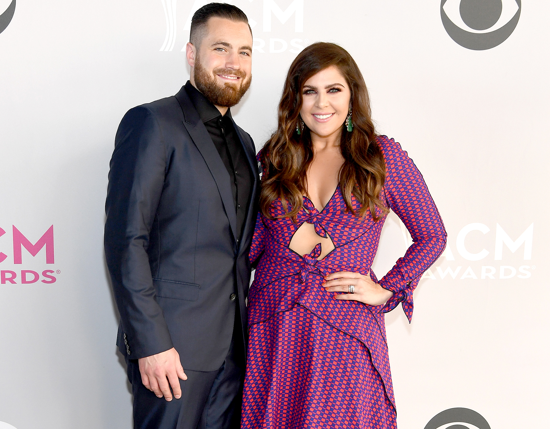 Lady antebellums hillary scott is pregnant with twin girls m4hsunfo
