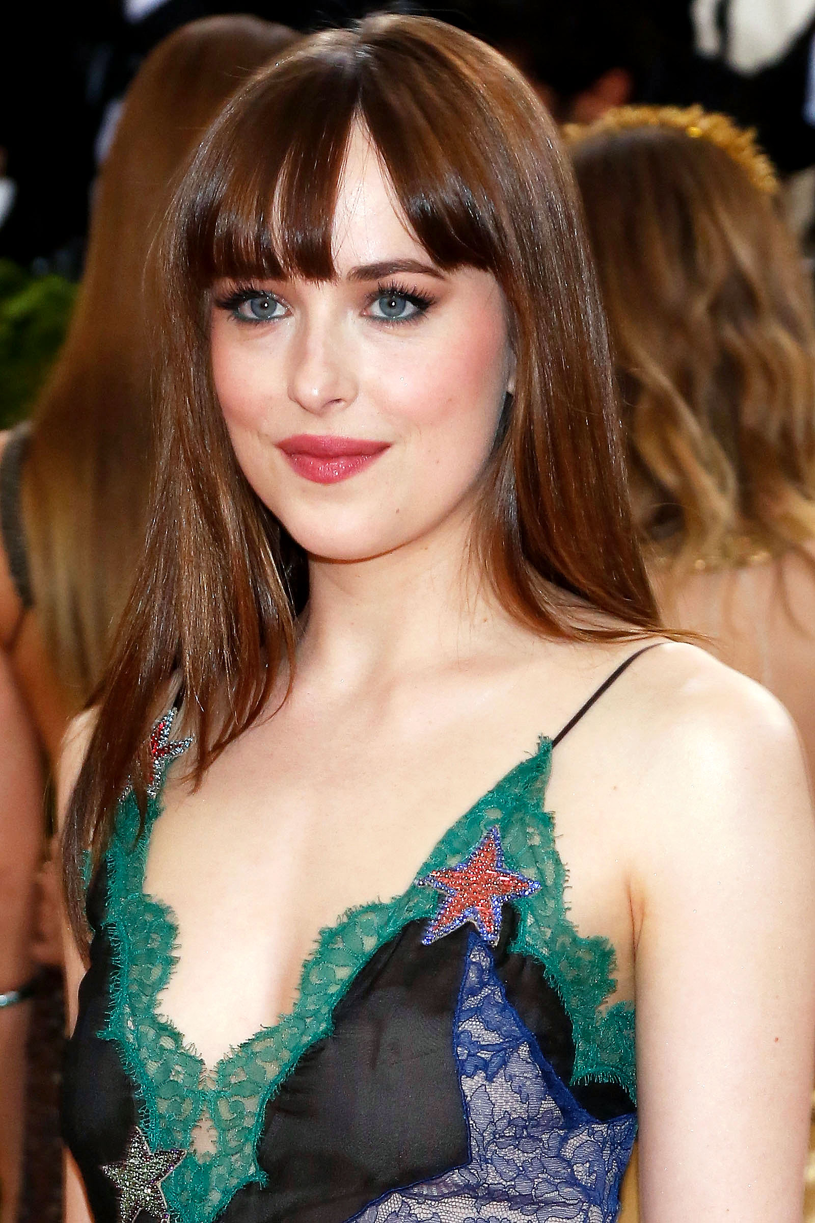 Dakota Johnson Dyes Her Hair Blonde Pics