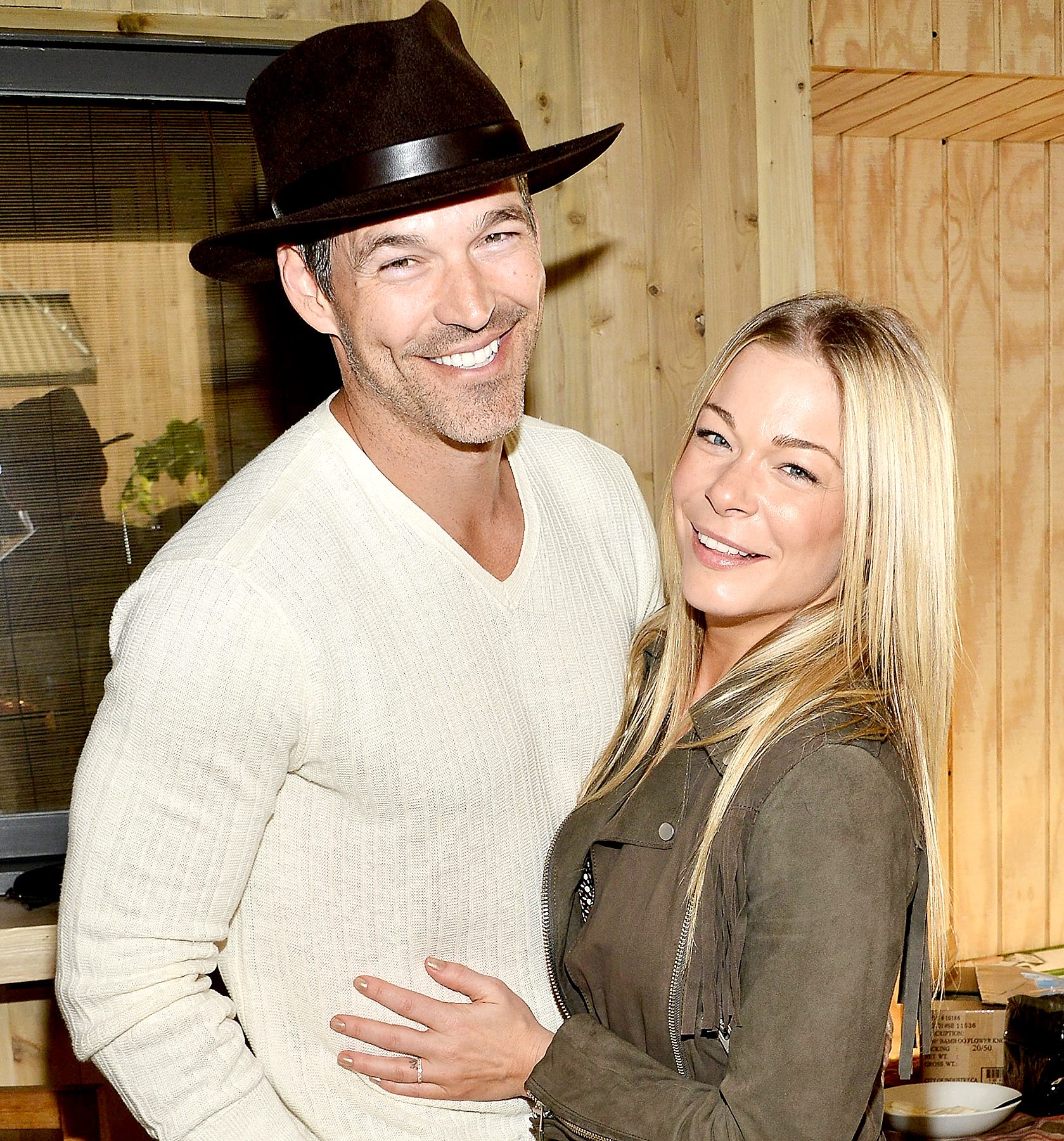 Eddie Cibrian and LeAnn Rimes attend the Project Angel Food presents in concert with Andrew von Oeyen on March 22, 2015 in Malibu, California.