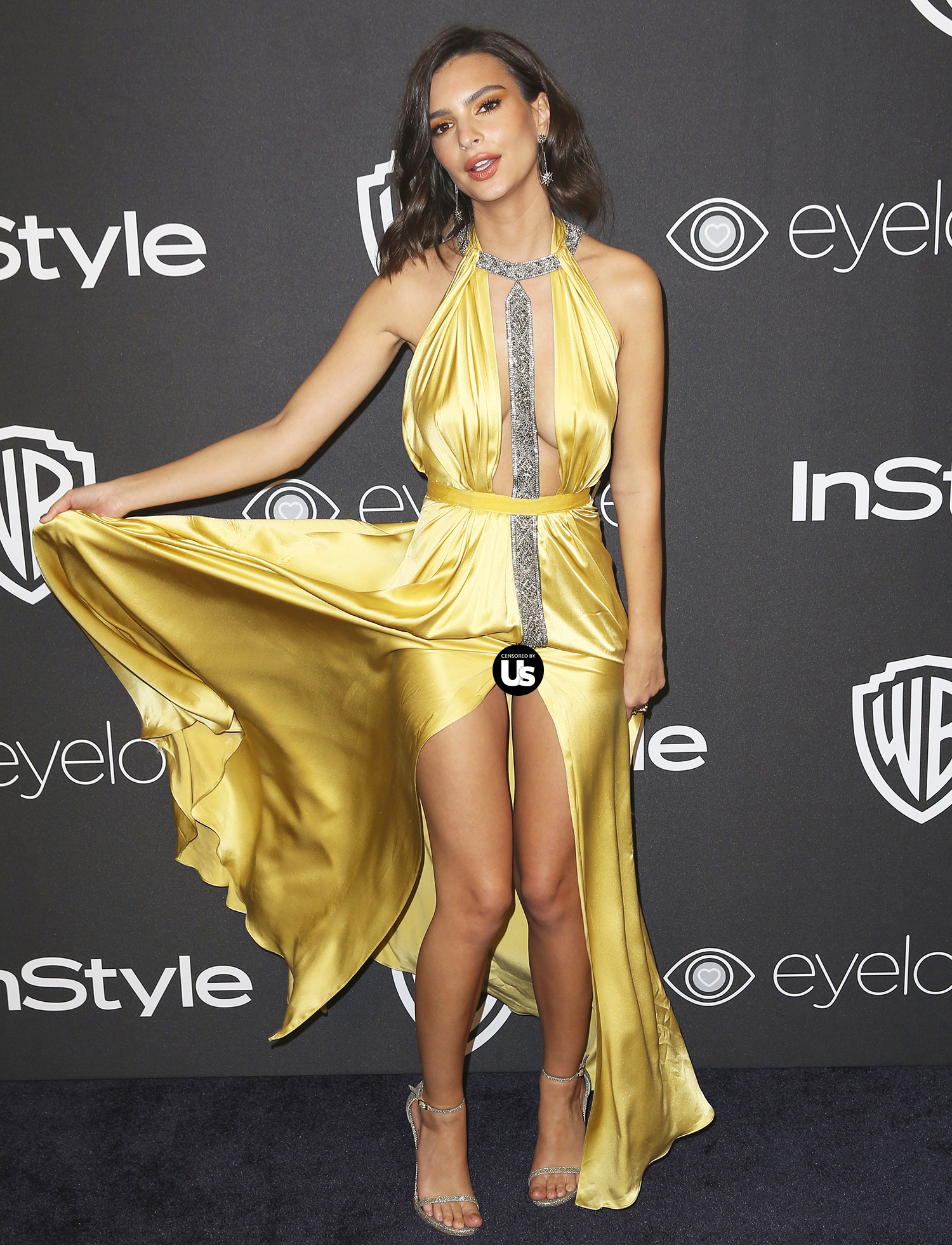 Emily Ratajkowski arrives at the InStyle and Warner Bros. Golden Globes afterparty at the Beverly Hilton Hotel on Sunday, Jan. 8, 2017, in Beverly Hills, Calif.