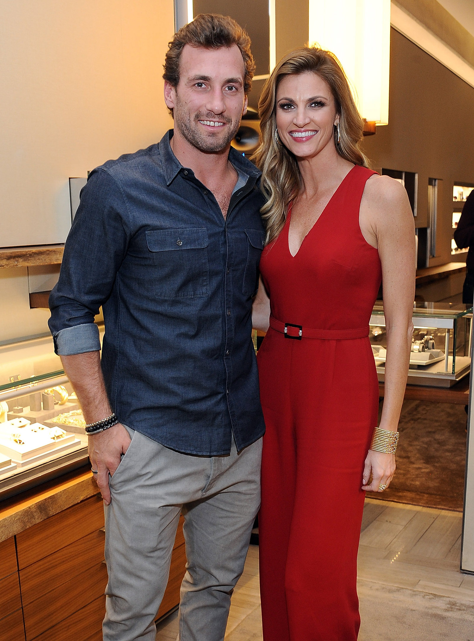 erin and maks dating
