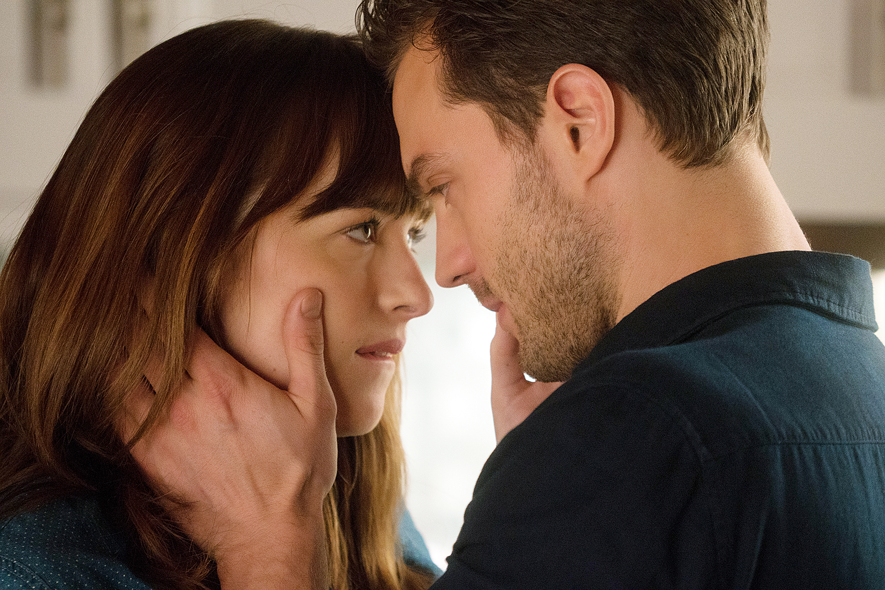 Jamie Dornan Dakota Johnson Fifty Shades Darker