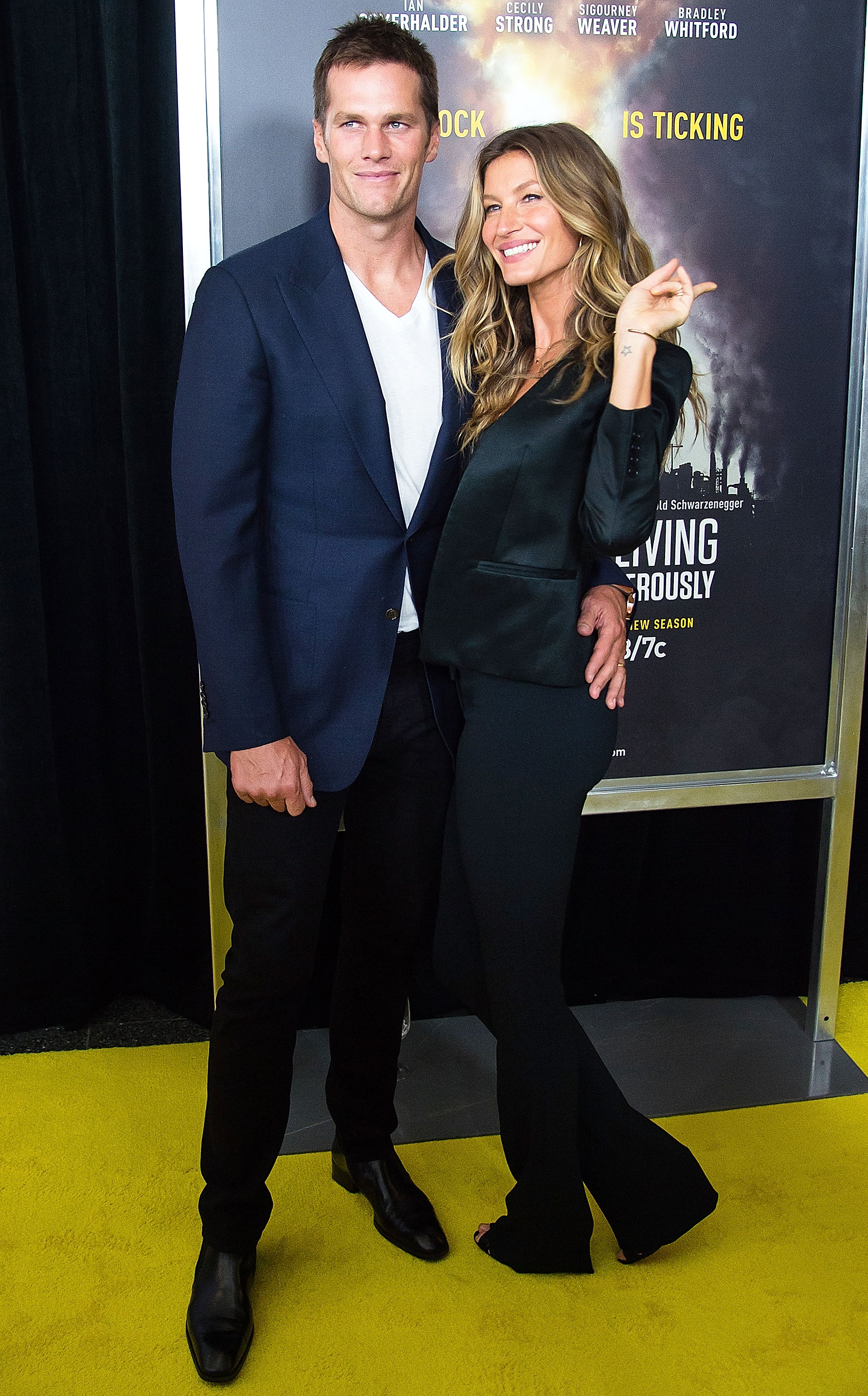 tom brady packed on the pda with gisele bundchen on the red carpet