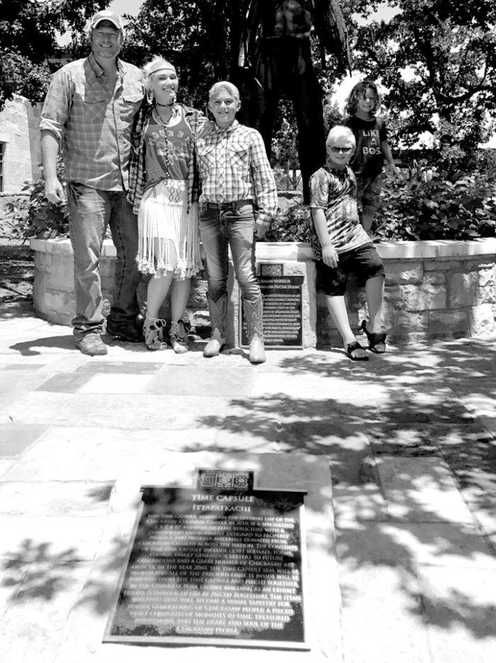 Blake Shelton, Gwen Stefani, and her children Kingston, Zuma, and Apollo