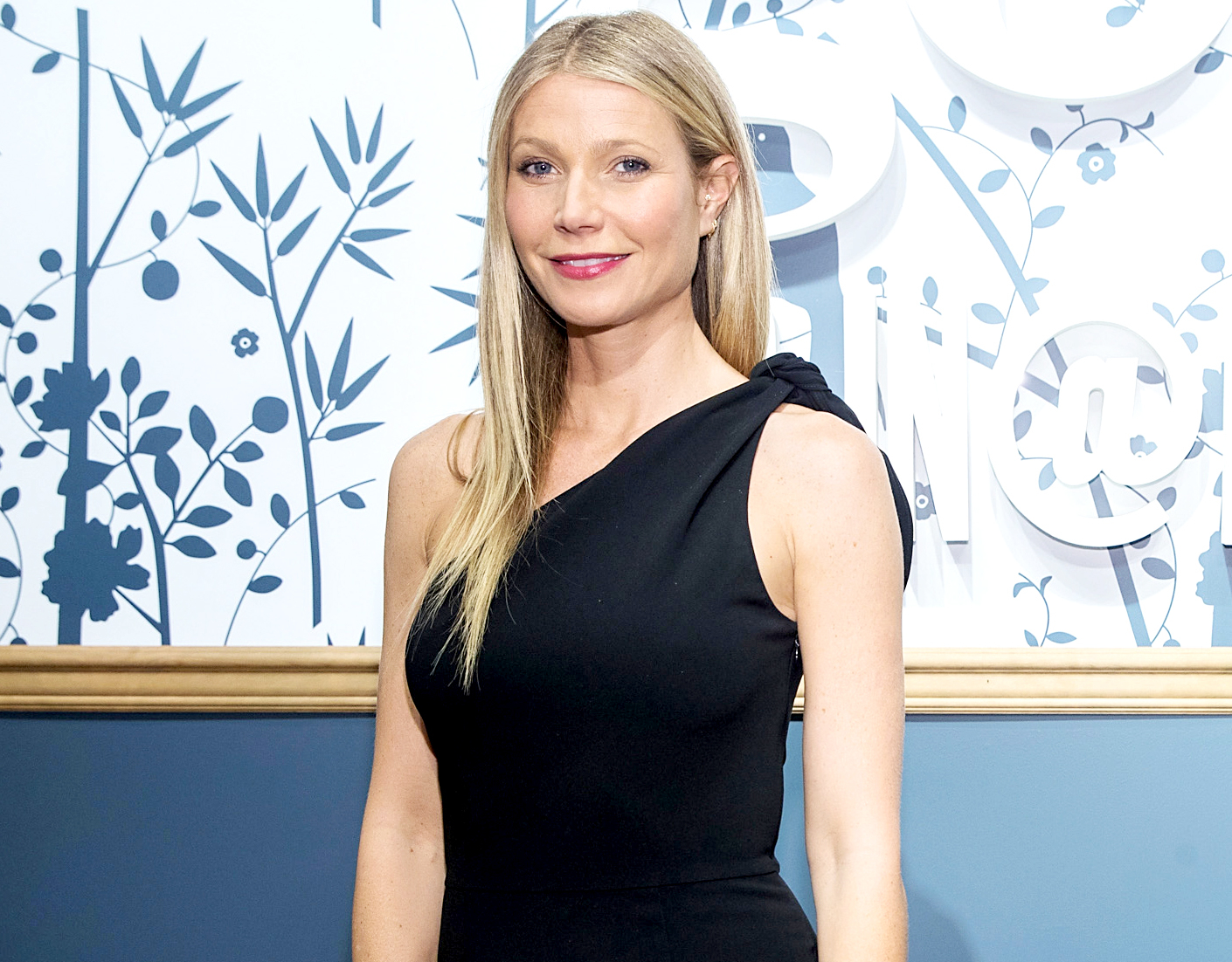 Gwyneth Paltrow visits goop-In@Nordstrom for Book Signing on May 19, 2017 in Seattle, Washington.