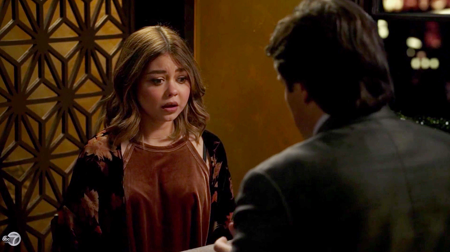 Sarah Hyland Haley Dunphy Nathan Fillion Rainer Shine Modern Family