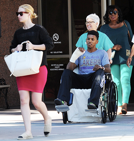 Iggy Azalea Supports Boyfriend Nick Young After His ...