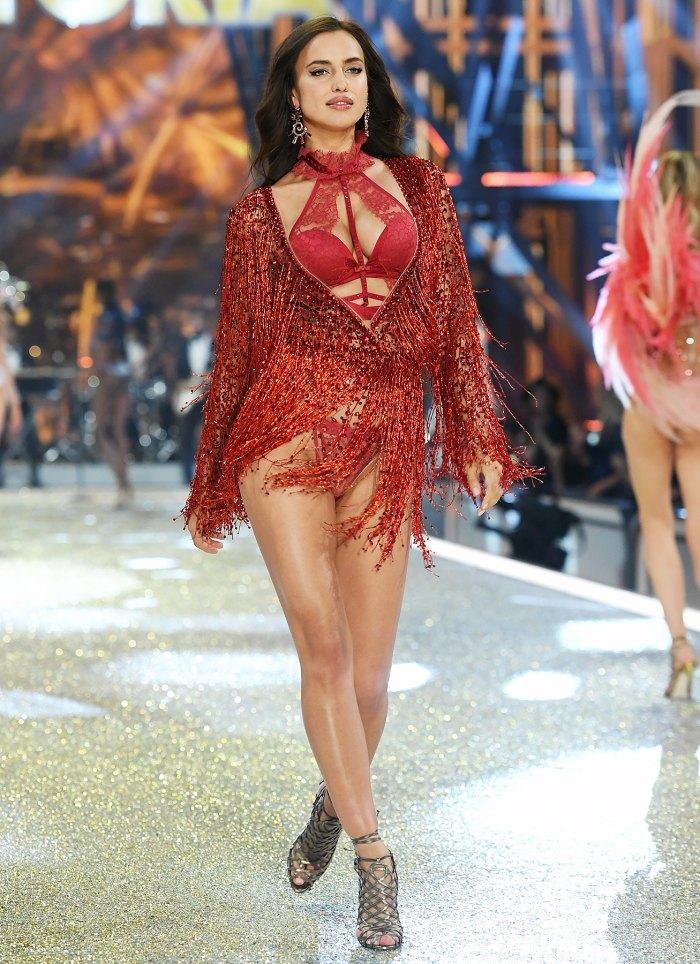 Irina Shayk Victoria's Secret Fashion Show