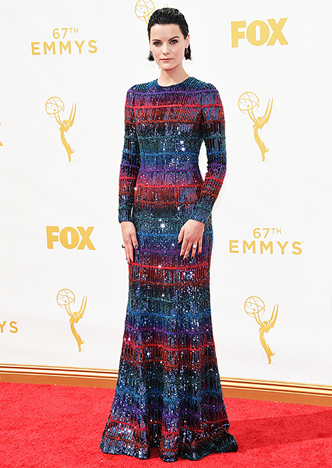 jaimie alexander overdressed at the emmys