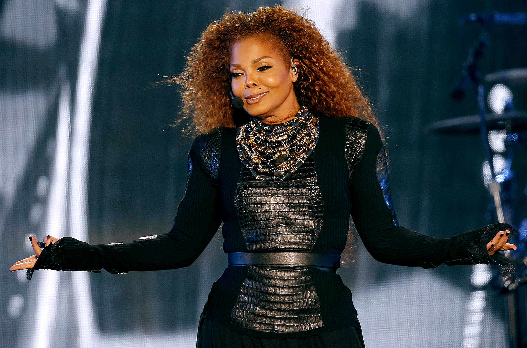 Janet Jackson performs during the Dubai World Cup horse racing event on March 26, 2016 at the Meydan racecourse in the United Arab Emirate of Dubai.