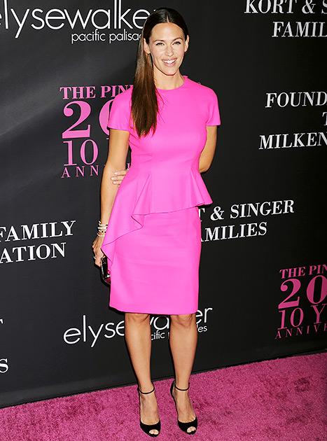 Jennifer Garner - pink