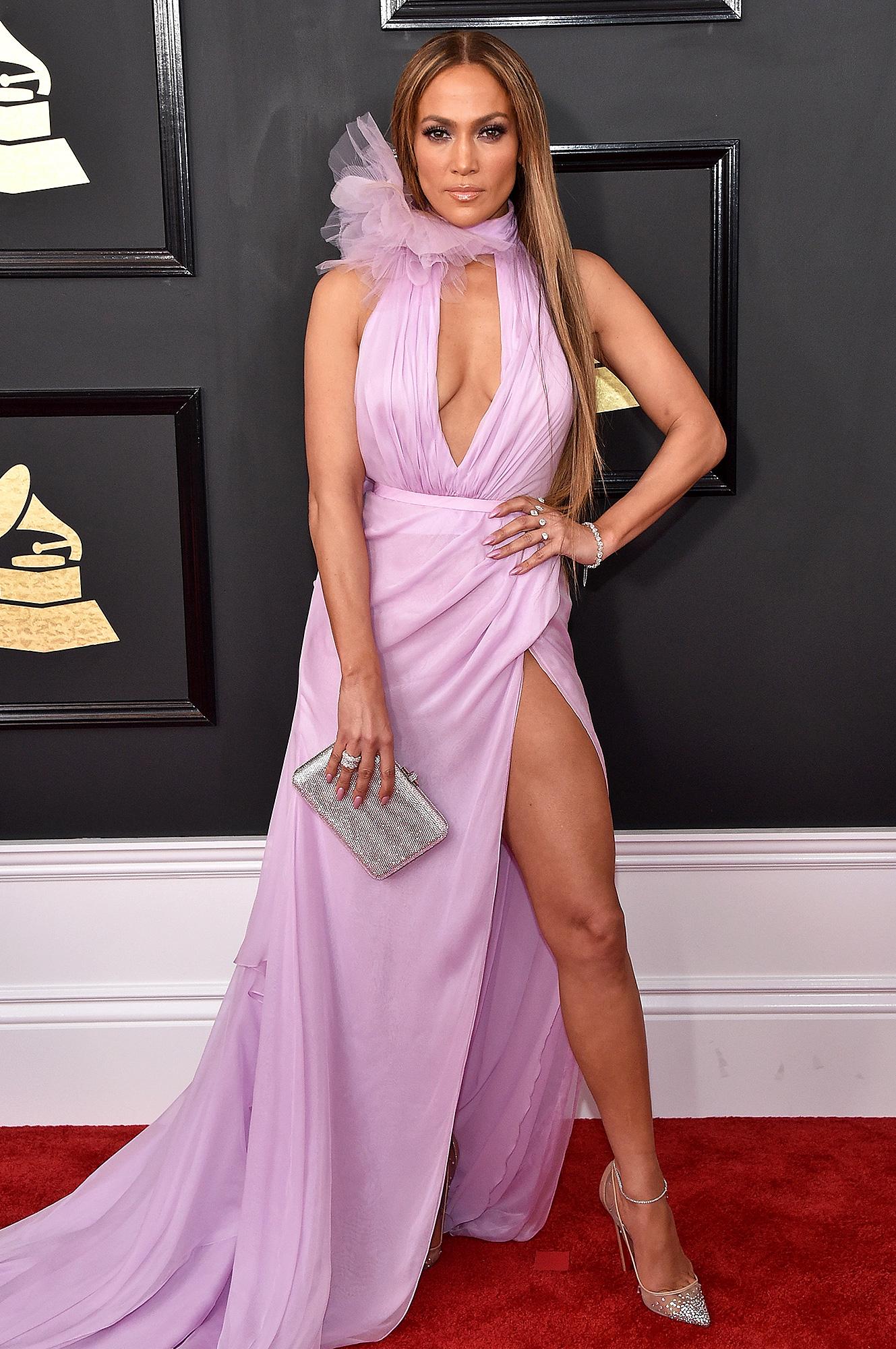 2017 Grammys Peekaboo Style: Stars Stun in Keyhole Dresses
