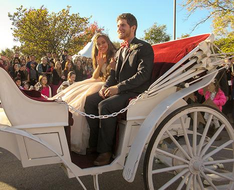 Jessa Duggar and Ben Seewald Carriage