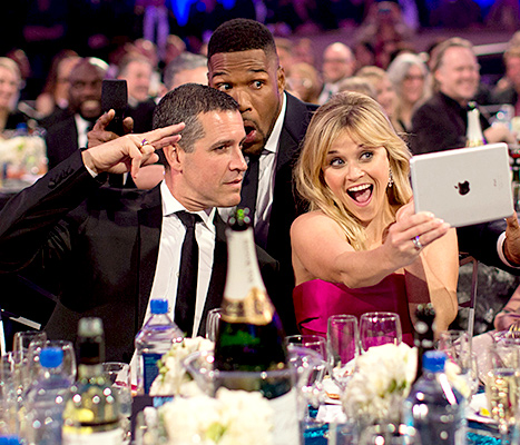 Jim Toth, Michael Strahan and Reese Witherspoon - Critics' Choice Movie Awards