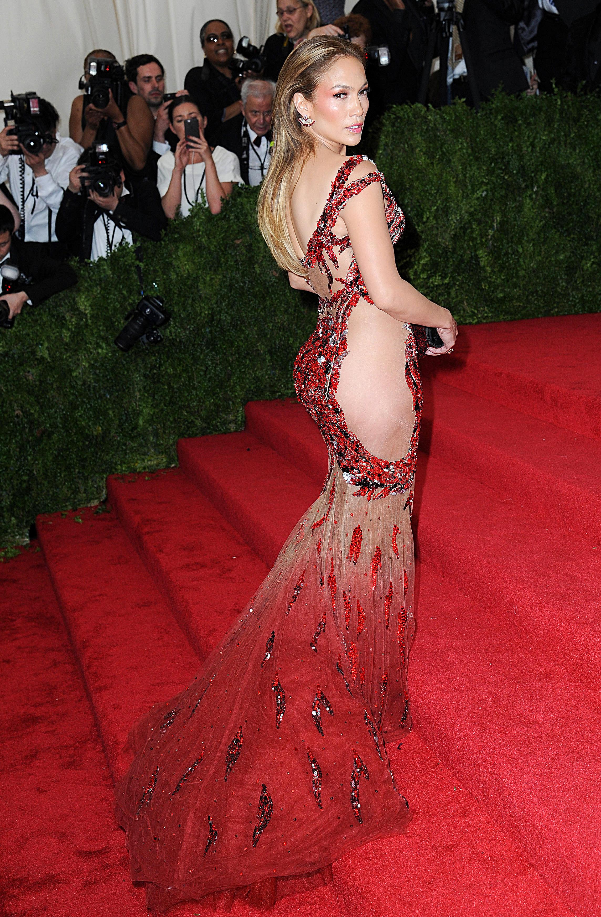 Jennifer Lopez - In Versace.