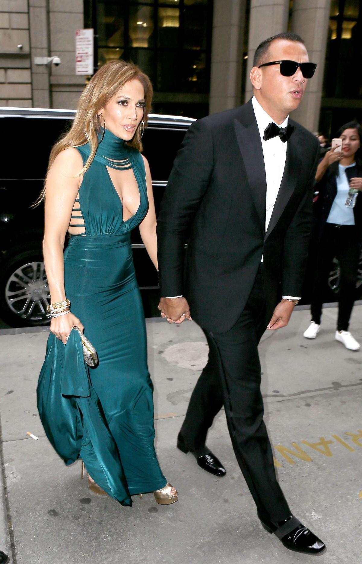 Jennifer Lopez and Alex Rodriguez\'s Chic Couple Style: Photos
